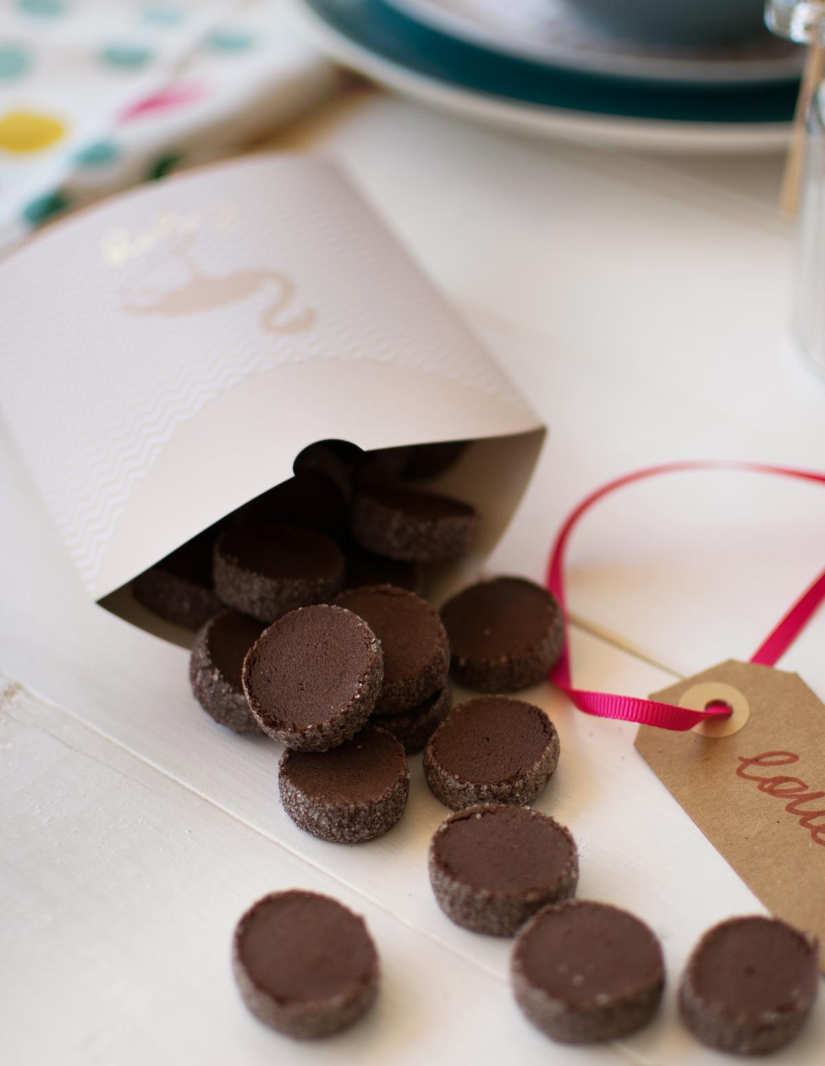 biscotti_bottoncini_cacao_ricetta