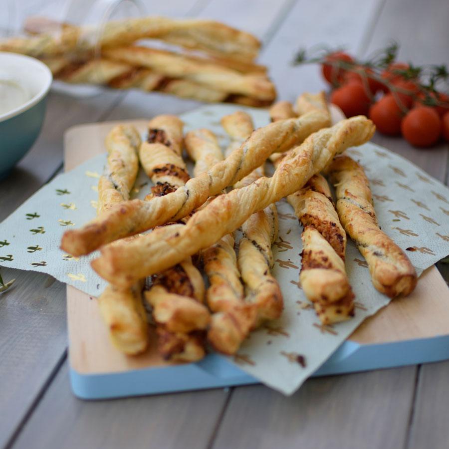 grissini_alla_pizzaiola_alle_erbe_ricetta_7