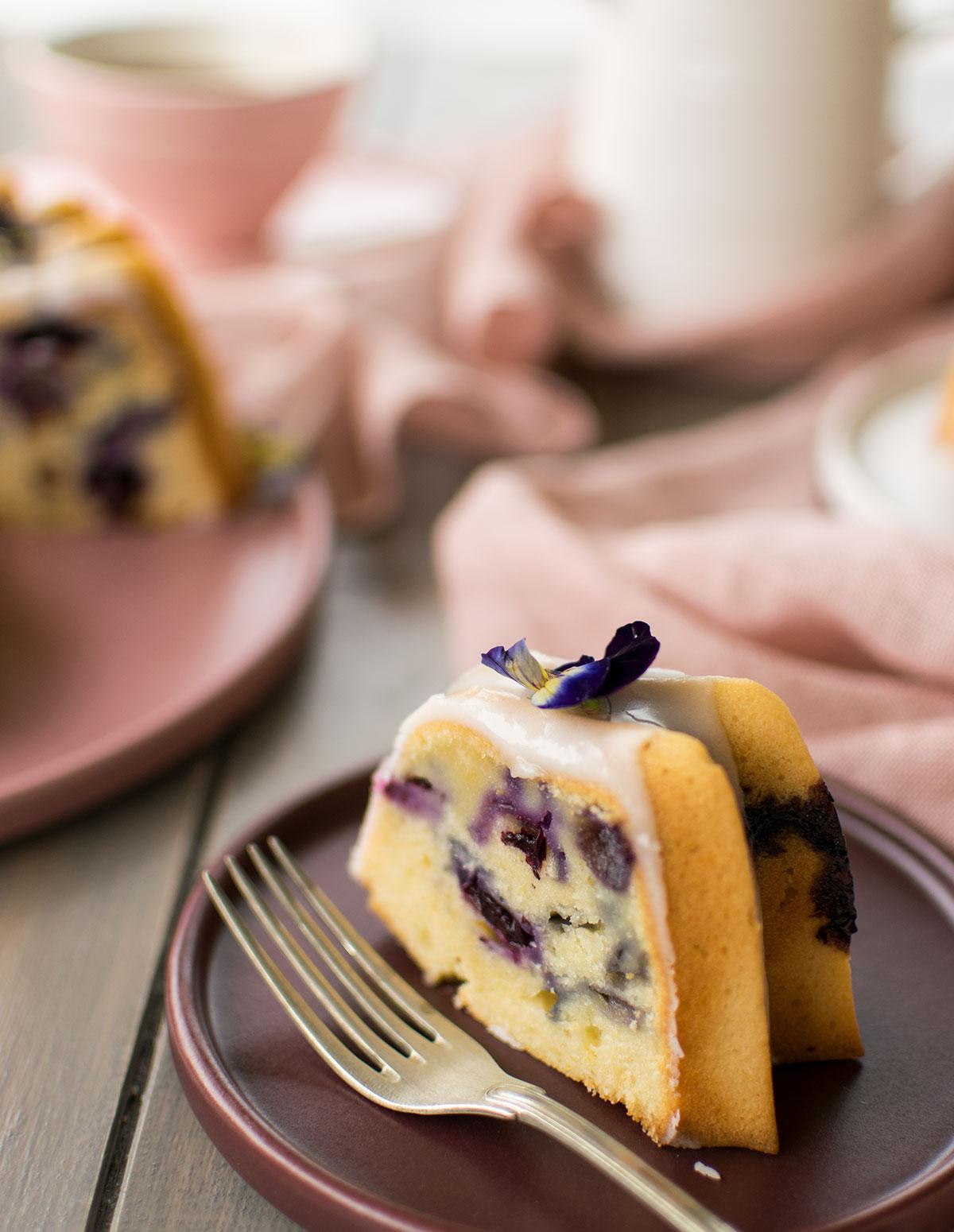 bundt_cake_ricotta_mirtilli_limone_ricetta