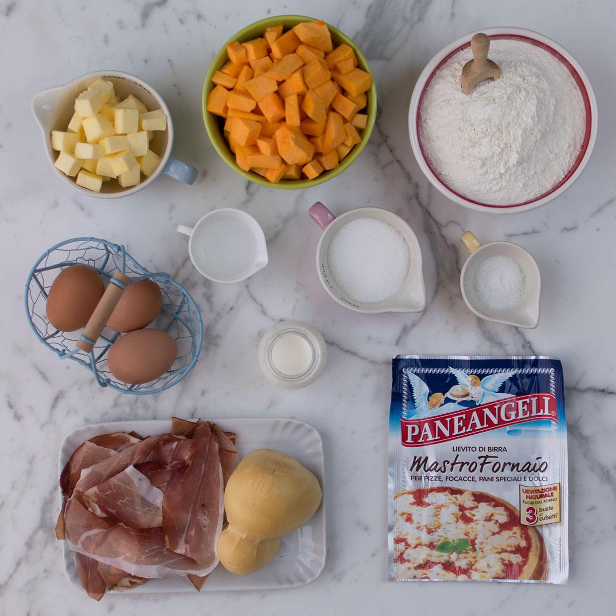 babka_zucca_scamorza_speck_ingredienti