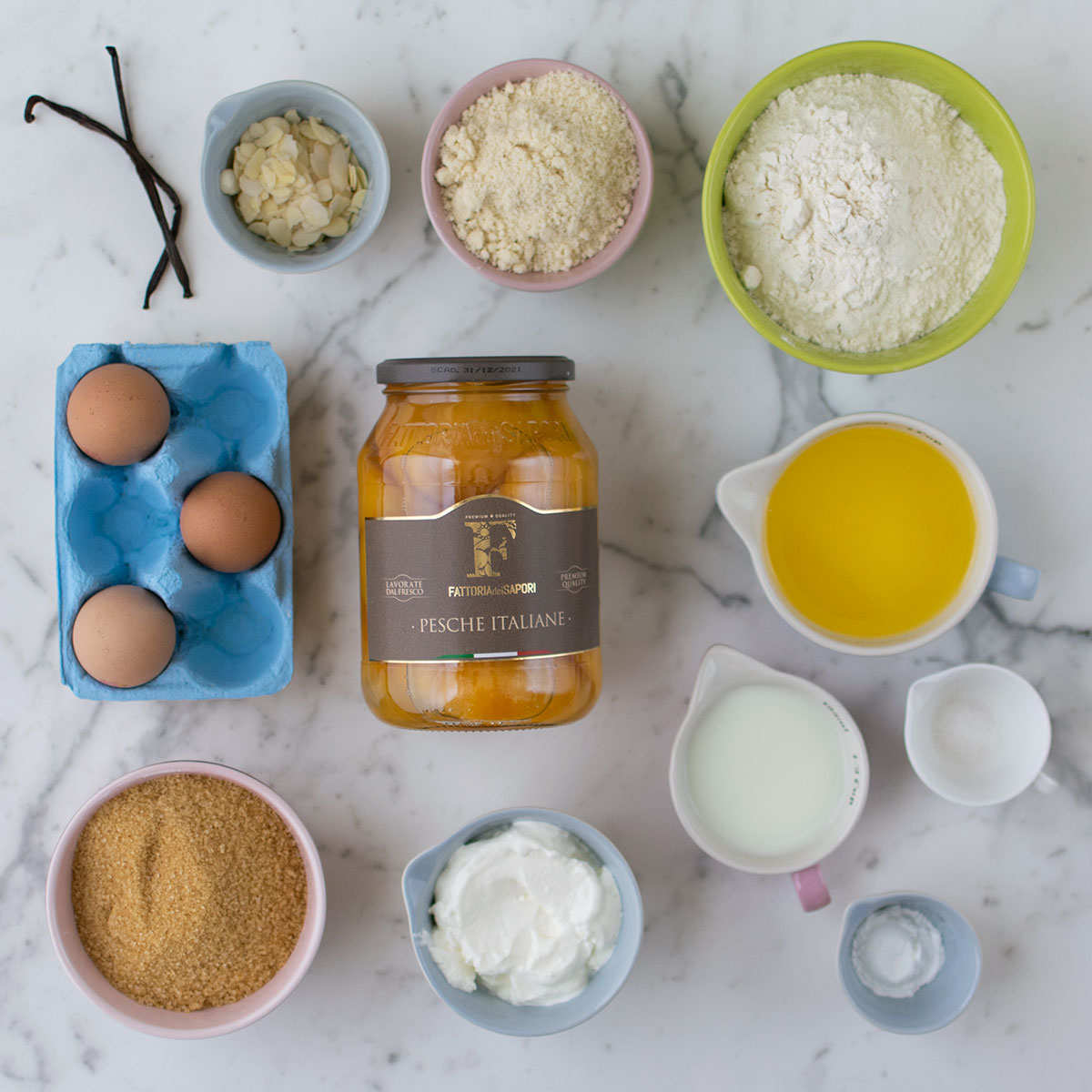torta_pesche_mandorle_ingredienti