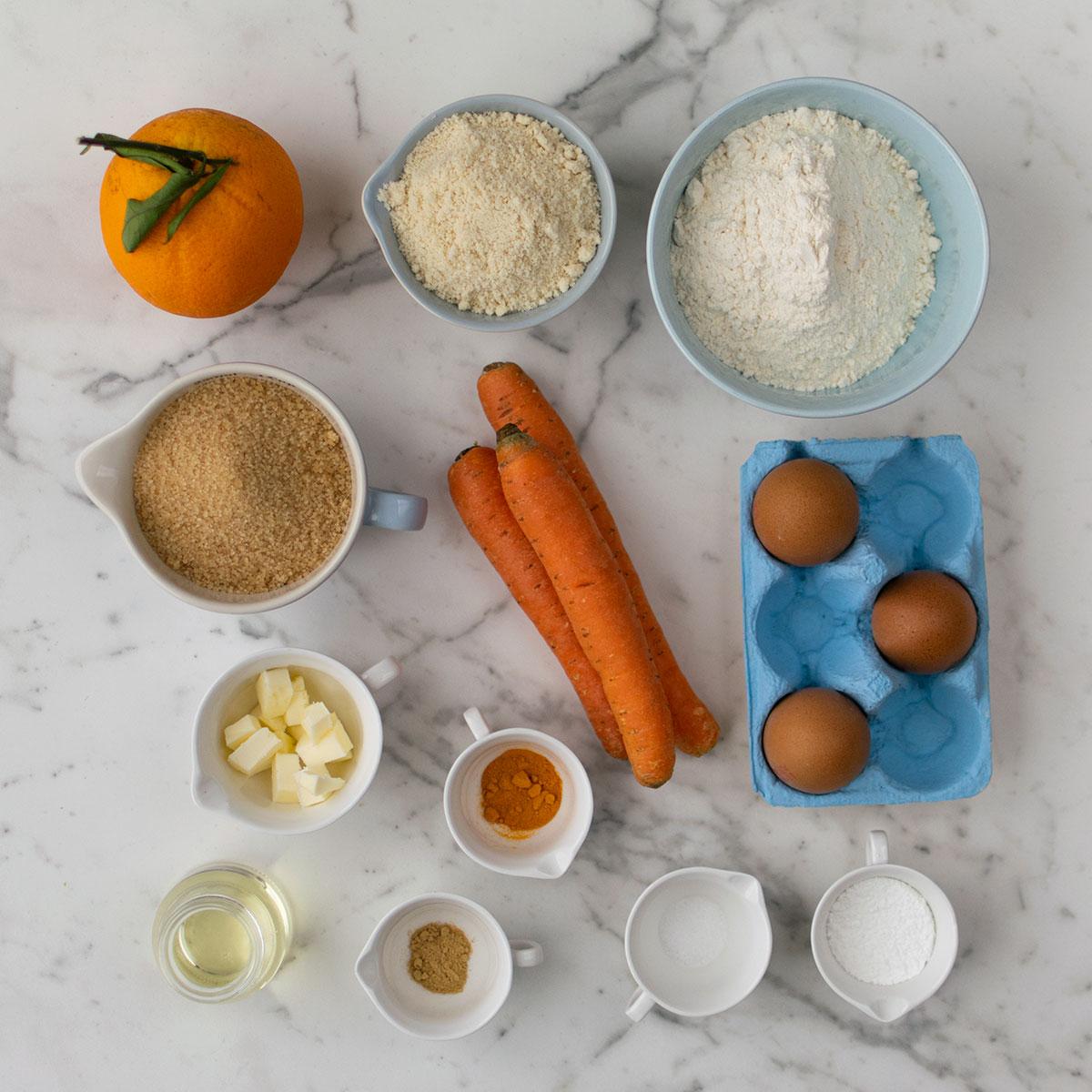 bundt_cake_arancia_carote_curcuma_ingredienti